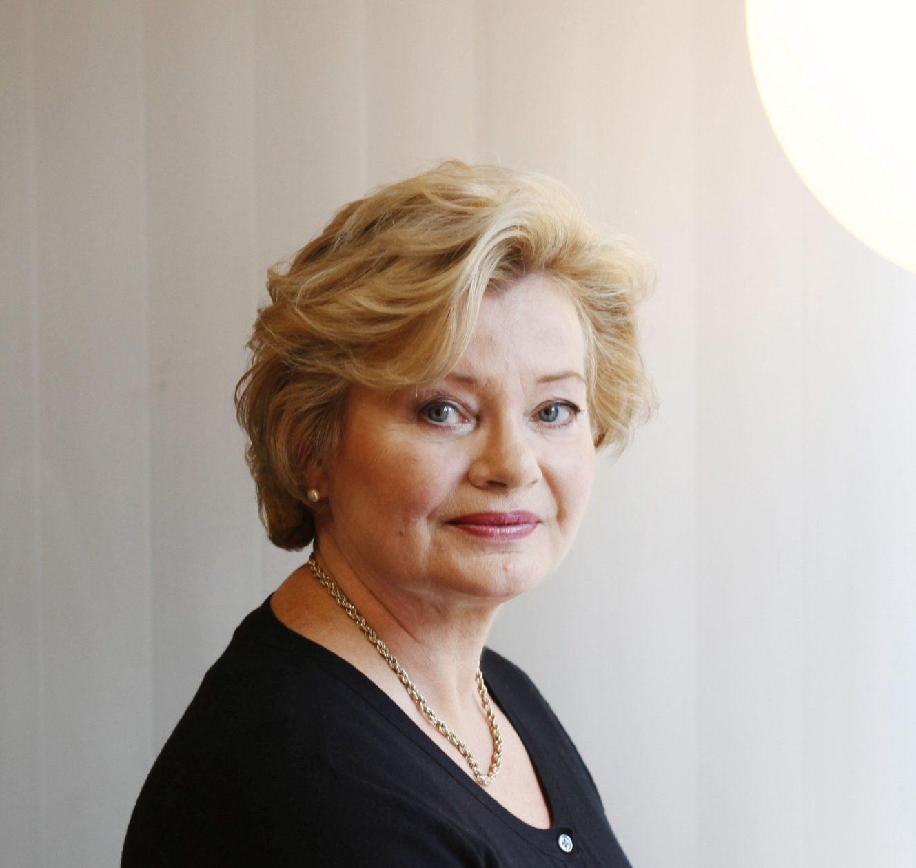 Helena Pesola